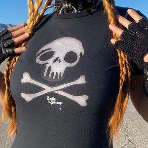VTG Emily the Strange Skull n Crossbones Tee ☠️